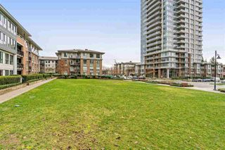 """Photo 19: 2205 3100 WINDSOR Gate in Coquitlam: New Horizons Condo for sale in """"THE LLOYD"""" : MLS®# R2343415"""