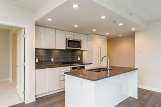 """Photo 4: 2205 3100 WINDSOR Gate in Coquitlam: New Horizons Condo for sale in """"THE LLOYD"""" : MLS®# R2343415"""