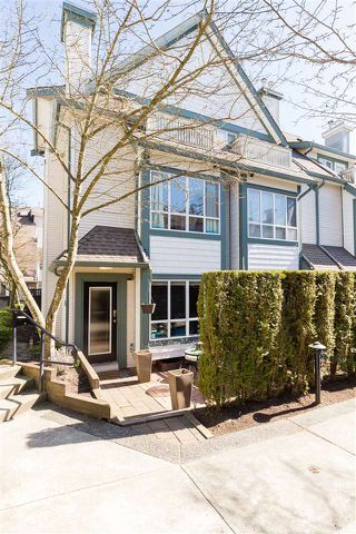 """Photo 19: 7403 MAGNOLIA Terrace in Burnaby: Highgate Townhouse for sale in """"Rockhill"""" (Burnaby South)  : MLS®# R2351789"""