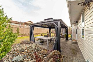 "Photo 19: 33553 KNIGHT Avenue in Mission: Mission BC House for sale in ""Hillside/Forbes"" : MLS®# R2352196"