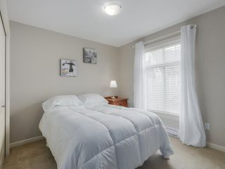 """Photo 12: 4 4910 CENTRAL Avenue in Delta: Hawthorne Townhouse for sale in """"CENTRAL PARK"""" (Ladner)  : MLS®# R2355391"""
