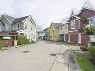 """Photo 18: 4 4910 CENTRAL Avenue in Delta: Hawthorne Townhouse for sale in """"CENTRAL PARK"""" (Ladner)  : MLS®# R2355391"""