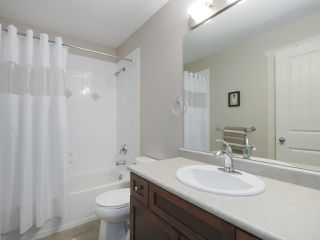 """Photo 14: 4 4910 CENTRAL Avenue in Delta: Hawthorne Townhouse for sale in """"CENTRAL PARK"""" (Ladner)  : MLS®# R2355391"""