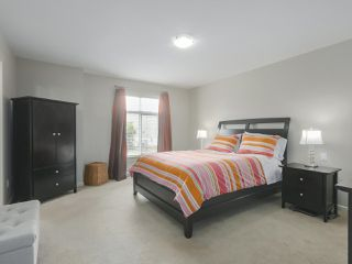 """Photo 9: 4 4910 CENTRAL Avenue in Delta: Hawthorne Townhouse for sale in """"CENTRAL PARK"""" (Ladner)  : MLS®# R2355391"""