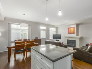 """Photo 7: 4 4910 CENTRAL Avenue in Delta: Hawthorne Townhouse for sale in """"CENTRAL PARK"""" (Ladner)  : MLS®# R2355391"""