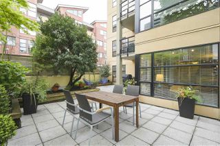 """Main Photo: 204 124 W 3RD Street in North Vancouver: Lower Lonsdale Condo for sale in """"THE VOGUE"""" : MLS®# R2362493"""