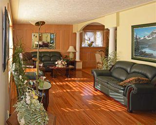 Photo 3: 7110 96A Avenue in Edmonton: Zone 18 House for sale : MLS®# E4153822