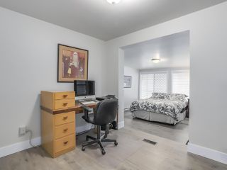 """Photo 15: 510 SUNDANCE Court in West Vancouver: Park Royal Manufactured Home for sale in """"Capilano River Park"""" : MLS®# R2368019"""