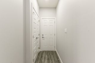Photo 14:  in Edmonton: Zone 01 House Half Duplex for sale : MLS®# E4156839