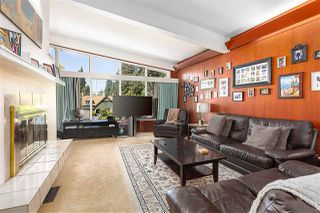 Photo 3: 407 ASHLEY Street in Coquitlam: Coquitlam West House for sale : MLS®# R2371044