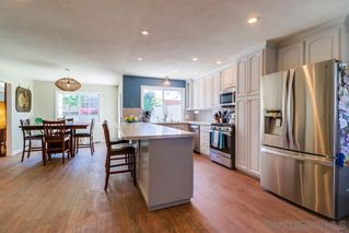 Photo 7: CLAIREMONT House for sale : 3 bedrooms : 4771 Seaford Place in San Diego