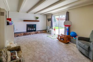 Photo 6: CLAIREMONT House for sale : 3 bedrooms : 4771 Seaford Place in San Diego