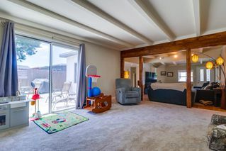 Photo 5: CLAIREMONT House for sale : 3 bedrooms : 4771 Seaford Place in San Diego