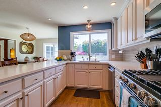 Photo 10: CLAIREMONT House for sale : 3 bedrooms : 4771 Seaford Place in San Diego