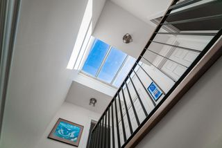 """Photo 8: 10 1266 W 6TH Avenue in Vancouver: Fairview VW Townhouse for sale in """"Camden Court"""" (Vancouver West)  : MLS®# R2372373"""