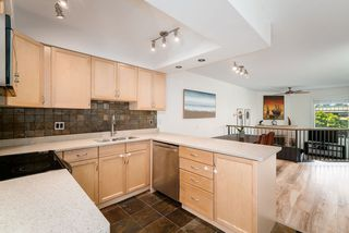 """Photo 7: 10 1266 W 6TH Avenue in Vancouver: Fairview VW Townhouse for sale in """"Camden Court"""" (Vancouver West)  : MLS®# R2372373"""