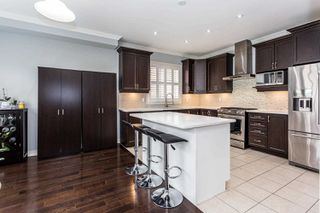 Photo 5: 100 Veterans Drive in Brampton: Northwest Brampton House (2-Storey) for sale : MLS®# W4460583