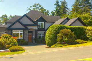 Photo 40: 4039 South Valley Dr in VICTORIA: SW Strawberry Vale House for sale (Saanich West)  : MLS®# 816381