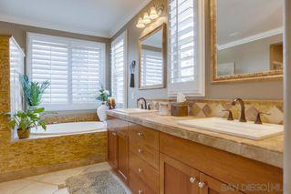 Photo 10: NORTH ESCONDIDO House for sale : 5 bedrooms : 10427 Pinion Trail in Escondido