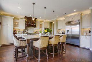 Photo 3: NORTH ESCONDIDO House for sale : 5 bedrooms : 10427 Pinion Trail in Escondido