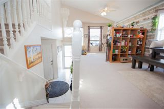 Photo 3: 620 LAYTON Court in Edmonton: Zone 14 House for sale : MLS®# E4177920