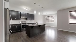 Photo 3: 3015 13 Avenue NW in Edmonton: Zone 30 House for sale : MLS®# E4178803