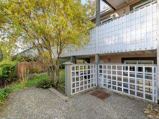Photo 31: 2592 Empire Street in VICTORIA: Vi Oaklands Half Duplex for sale (Victoria)  : MLS®# 417734