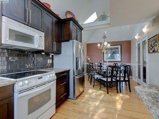 Photo 8: 2592 Empire Street in VICTORIA: Vi Oaklands Half Duplex for sale (Victoria)  : MLS®# 417734