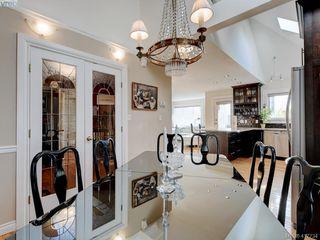 Photo 4: 2592 Empire Street in VICTORIA: Vi Oaklands Half Duplex for sale (Victoria)  : MLS®# 417734