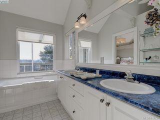Photo 18: 2592 Empire Street in VICTORIA: Vi Oaklands Half Duplex for sale (Victoria)  : MLS®# 417734