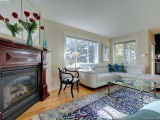Photo 12: 2592 Empire Street in VICTORIA: Vi Oaklands Half Duplex for sale (Victoria)  : MLS®# 417734