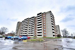 Photo 3: 801 20 William Roe Boulevard in Newmarket: Central Newmarket Condo for sale : MLS®# N4751984