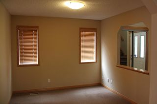 Photo 12: 50 Cresthaven View SW in Calgary: Crestmont Detached for sale : MLS®# A1038228