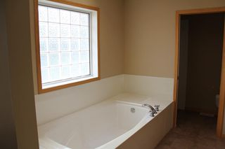 Photo 30: 50 Cresthaven View SW in Calgary: Crestmont Detached for sale : MLS®# A1038228