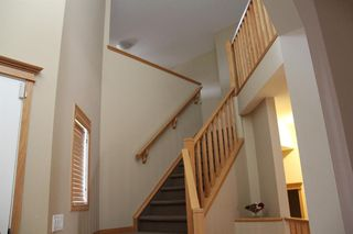 Photo 15: 50 Cresthaven View SW in Calgary: Crestmont Detached for sale : MLS®# A1038228
