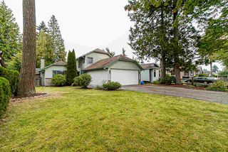 Photo 3: 12975 61 Avenue in Surrey: Panorama Ridge House for sale : MLS®# R2505089