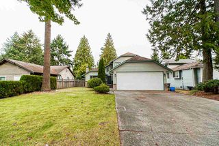 Photo 1: 12975 61 Avenue in Surrey: Panorama Ridge House for sale : MLS®# R2505089