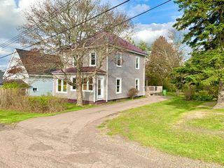 Photo 1: 3 McKay Street in Springhill: 102S-South Of Hwy 104, Parrsboro and area Residential for sale (Northern Region)  : MLS®# 202020929