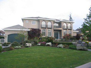 Photo 1: 13940 21 A Avenue in South Surrey: Home for sale : MLS®# F2509251