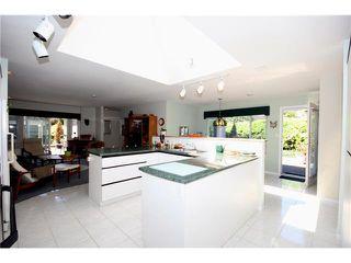 Photo 4: 5678 WELLSGREEN Place in Tsawwassen: Tsawwassen East House for sale : MLS®# V898634