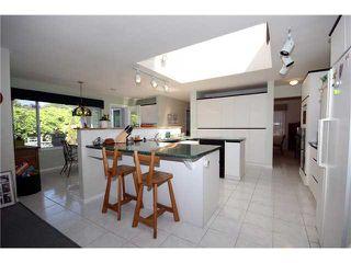 Photo 5: 5678 WELLSGREEN Place in Tsawwassen: Tsawwassen East House for sale : MLS®# V898634