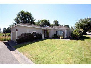 Photo 1: 5678 WELLSGREEN Place in Tsawwassen: Tsawwassen East House for sale : MLS®# V898634