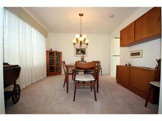 Photo 3: 5678 WELLSGREEN Place in Tsawwassen: Tsawwassen East House for sale : MLS®# V898634