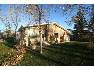 Photo 2: 11392 86 Street SE in CALGARY: Rural Rocky View MD Residential Detached Single Family for sale : MLS®# C3495392