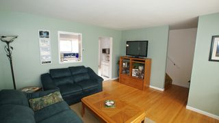 Photo 12: 154 Thom Avenue East in Winnipeg: Transcona Residential for sale (North East Winnipeg)