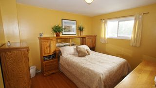 Photo 13: 154 Thom Avenue East in Winnipeg: Transcona Residential for sale (North East Winnipeg)