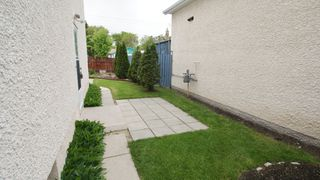 Photo 2: 154 Thom Avenue East in Winnipeg: Transcona Residential for sale (North East Winnipeg)