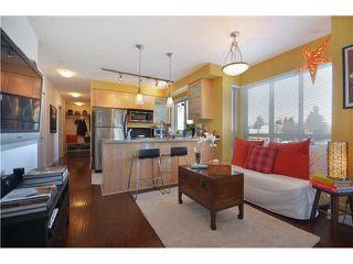 """Photo 2: # 201 702 E KING EDWARD AV in Vancouver: Fraser VE Condo for sale in """"THE MAGNOLIA"""" (Vancouver East)  : MLS®# V934225"""