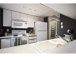 "Photo 9: B201 1331 HOMER Street in Vancouver: Yaletown Condo for sale in ""PACIFIC POINT"" (Vancouver West)  : MLS®# V1031443"