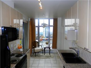 """Photo 5: # 801 160 E 13TH ST in North Vancouver: Central Lonsdale Condo for sale in """"THE GRANDE"""" : MLS®# V1032979"""